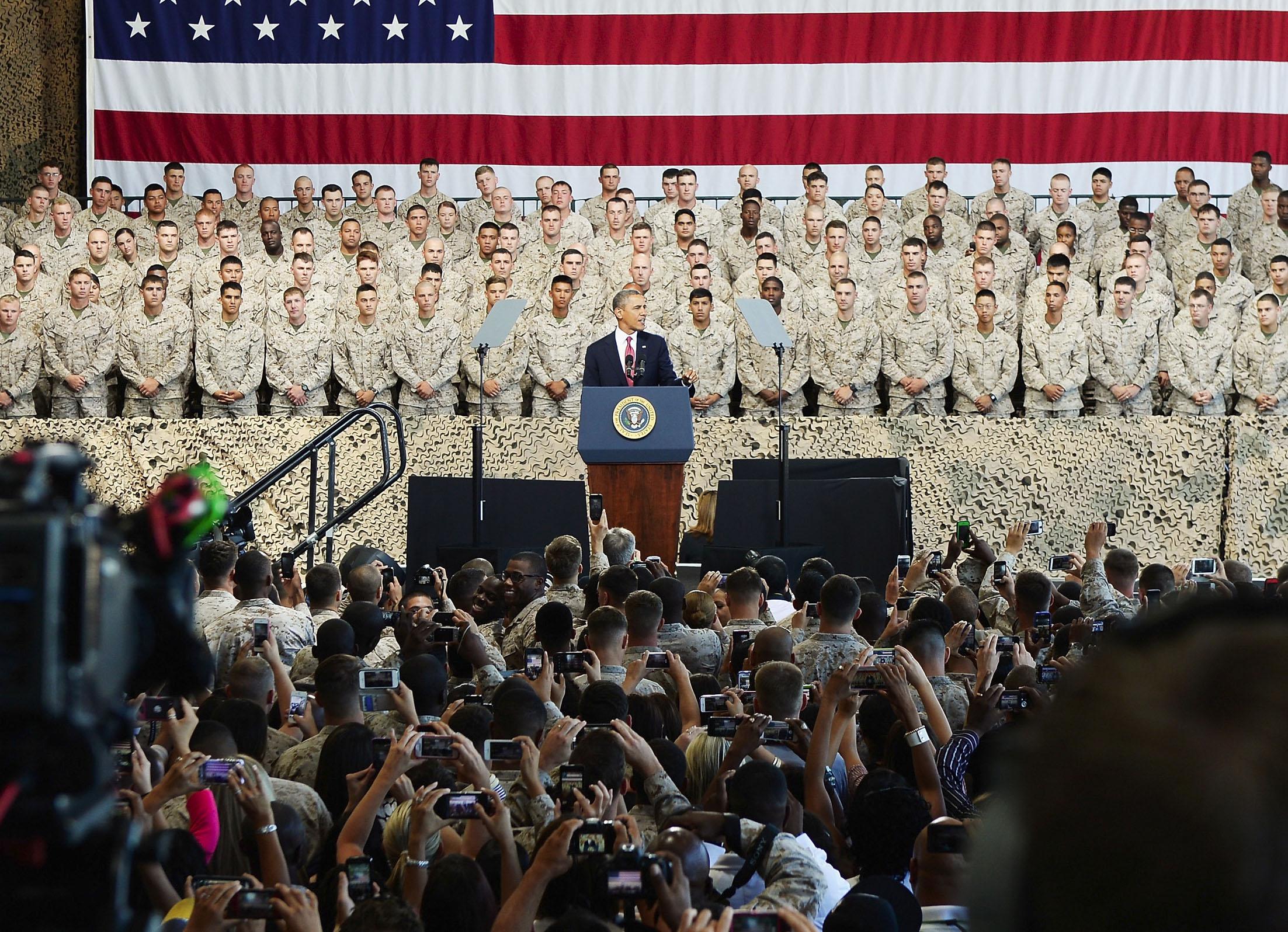 Pres. Barack Obama addresses Troops