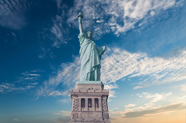 Statue of Liberty gift from France represents republican government